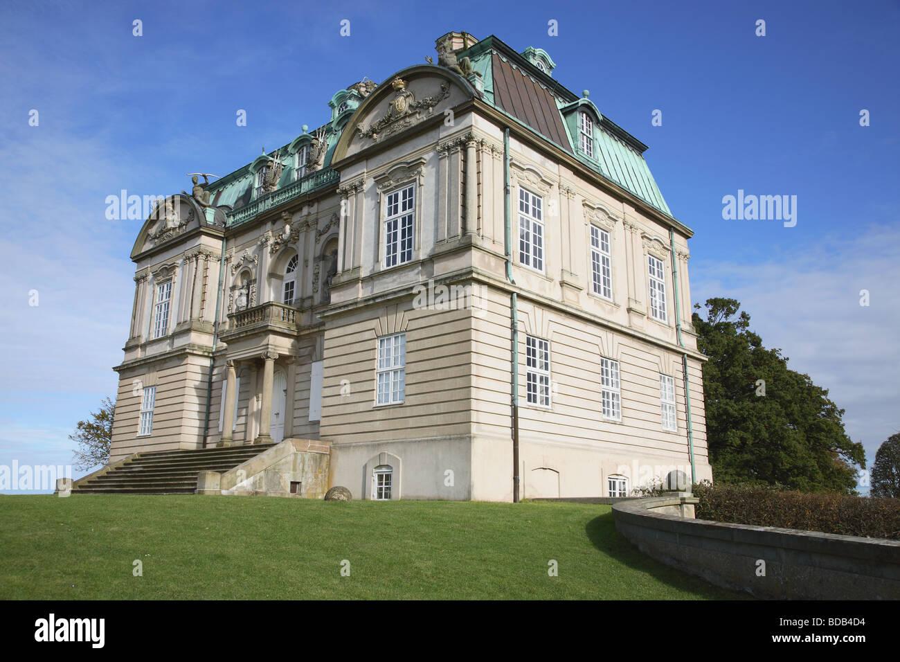 The Hermitage Palace (Eremitageslottet) in Jægersborg deer park, Dyrehaven, north of Copenhagen, Denmark. - Stock Image