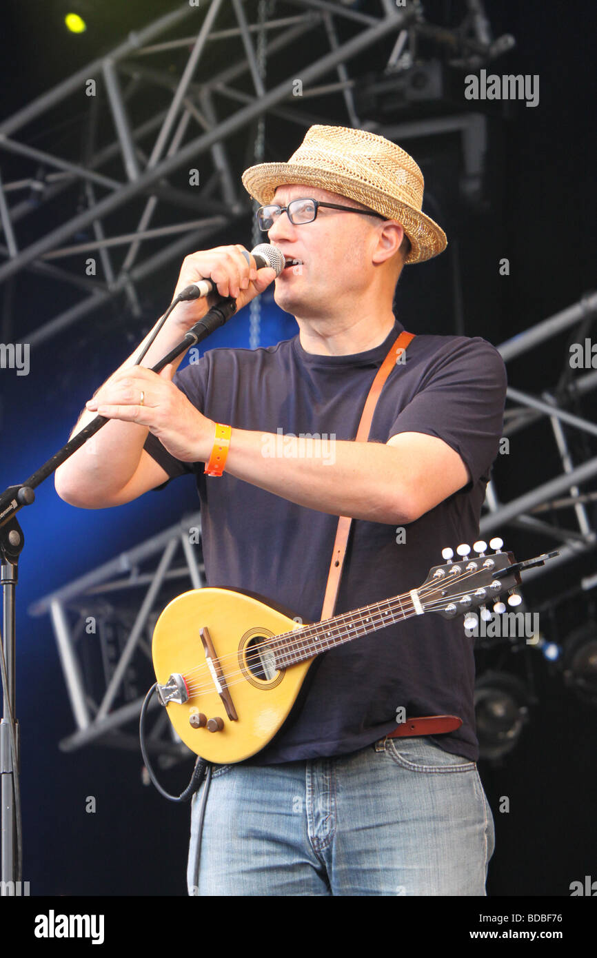Adrian Edmondson at Cropredy 2009 - Stock Image