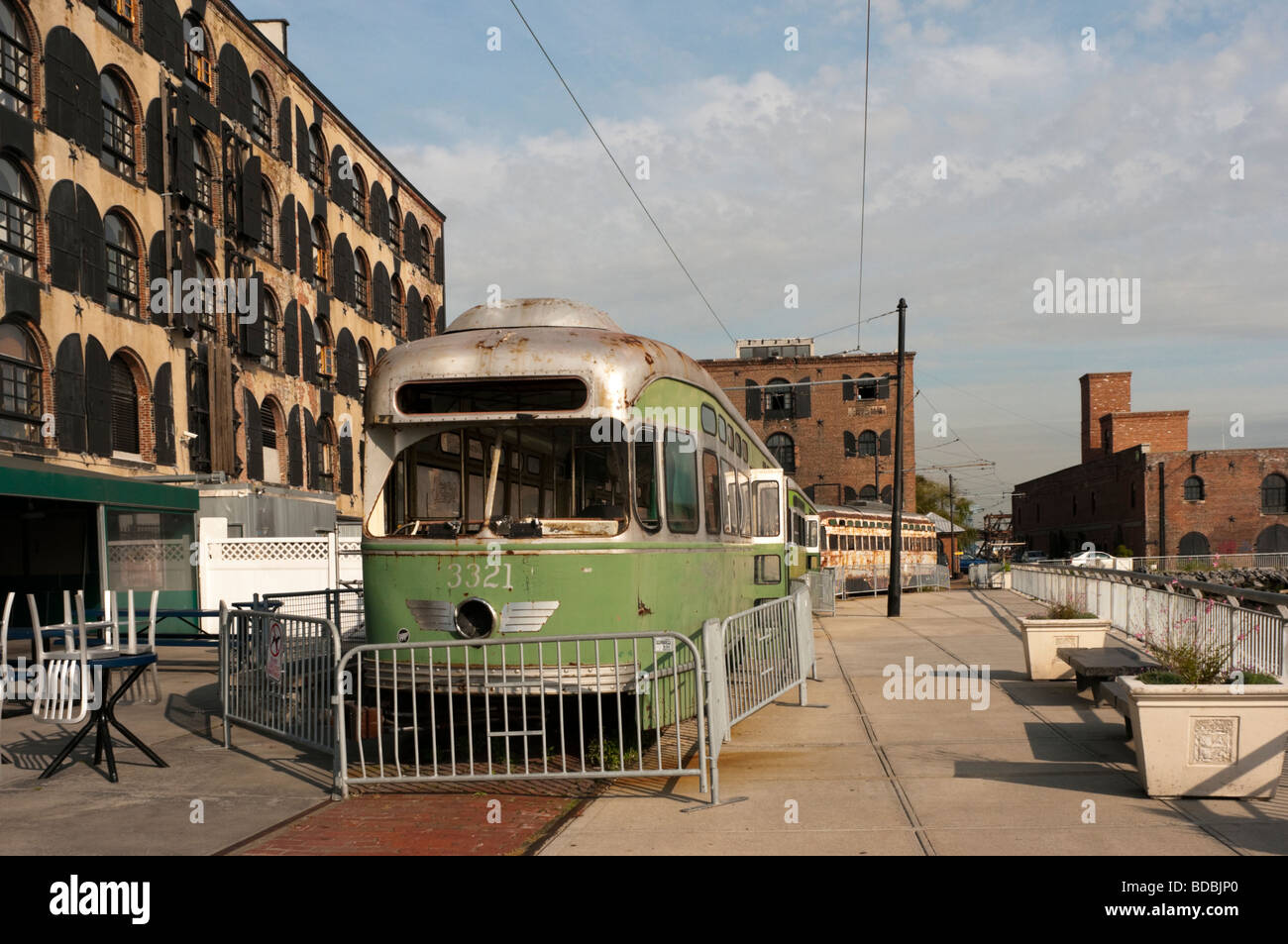 Red Hook Trolley on the waterfront - Stock Image