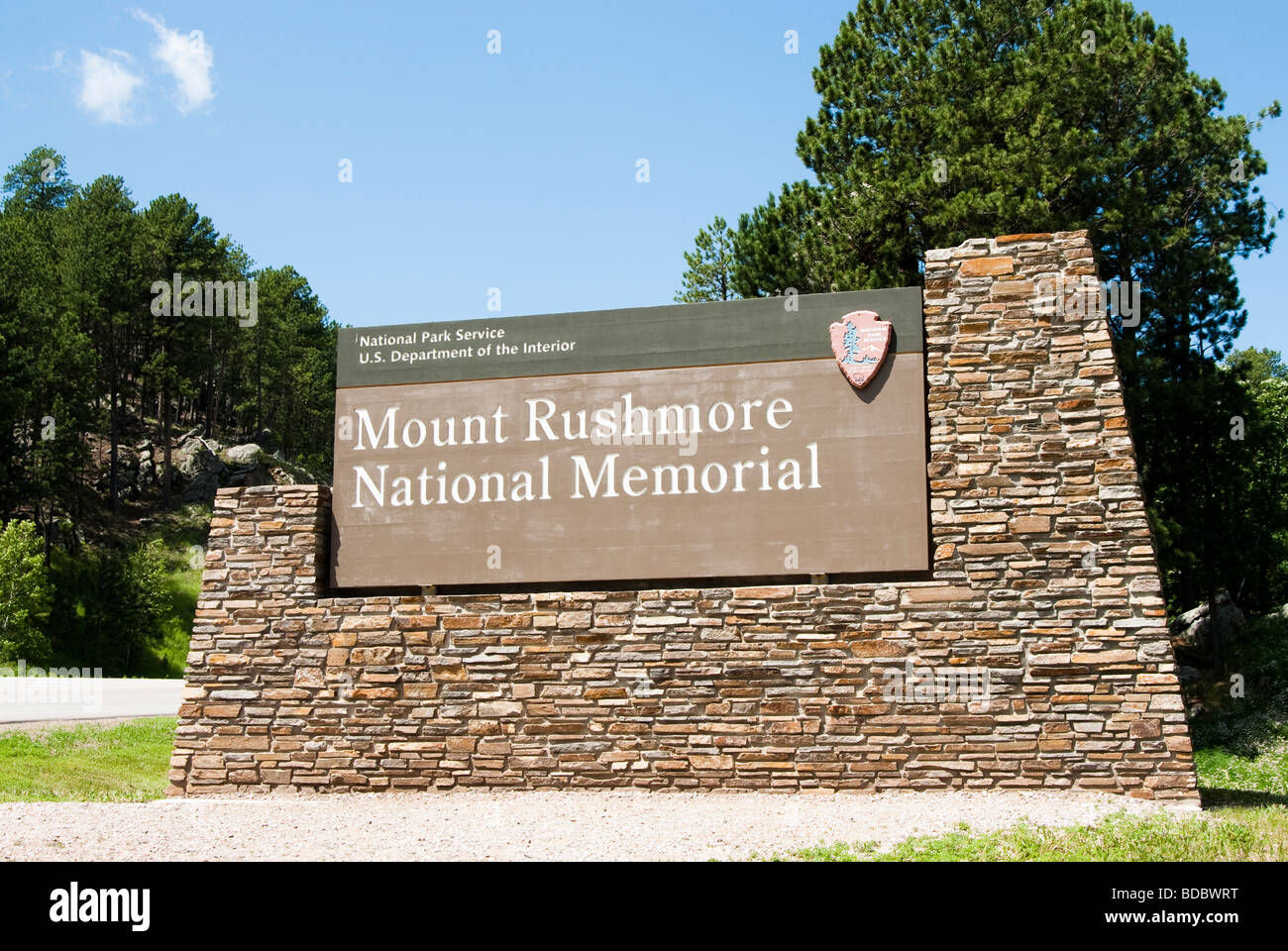 Entranced sign to the Mount Rushmore National Memorial in the Black Hills of South Dakota - Stock Image