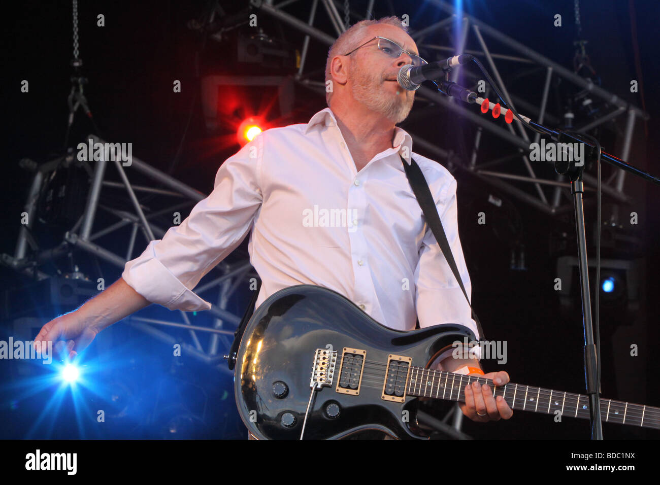 Nik Kershaw at Fairport Conventions Cropredy Festival 15th August 2009 - Stock Image
