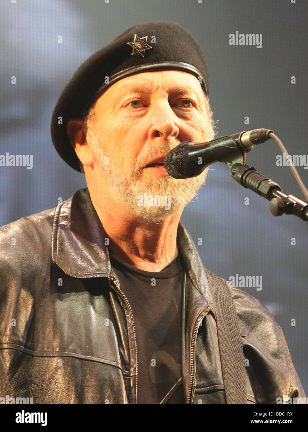 Richard Thompson at Fairport Conventions Cropredy Festival 15th August 2009 - Stock Image