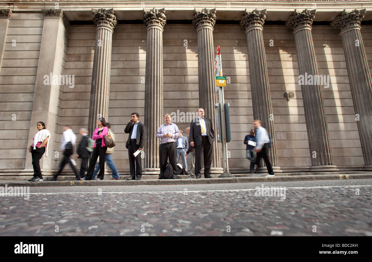 Busstop in front of the Bank of England in London - Stock Image