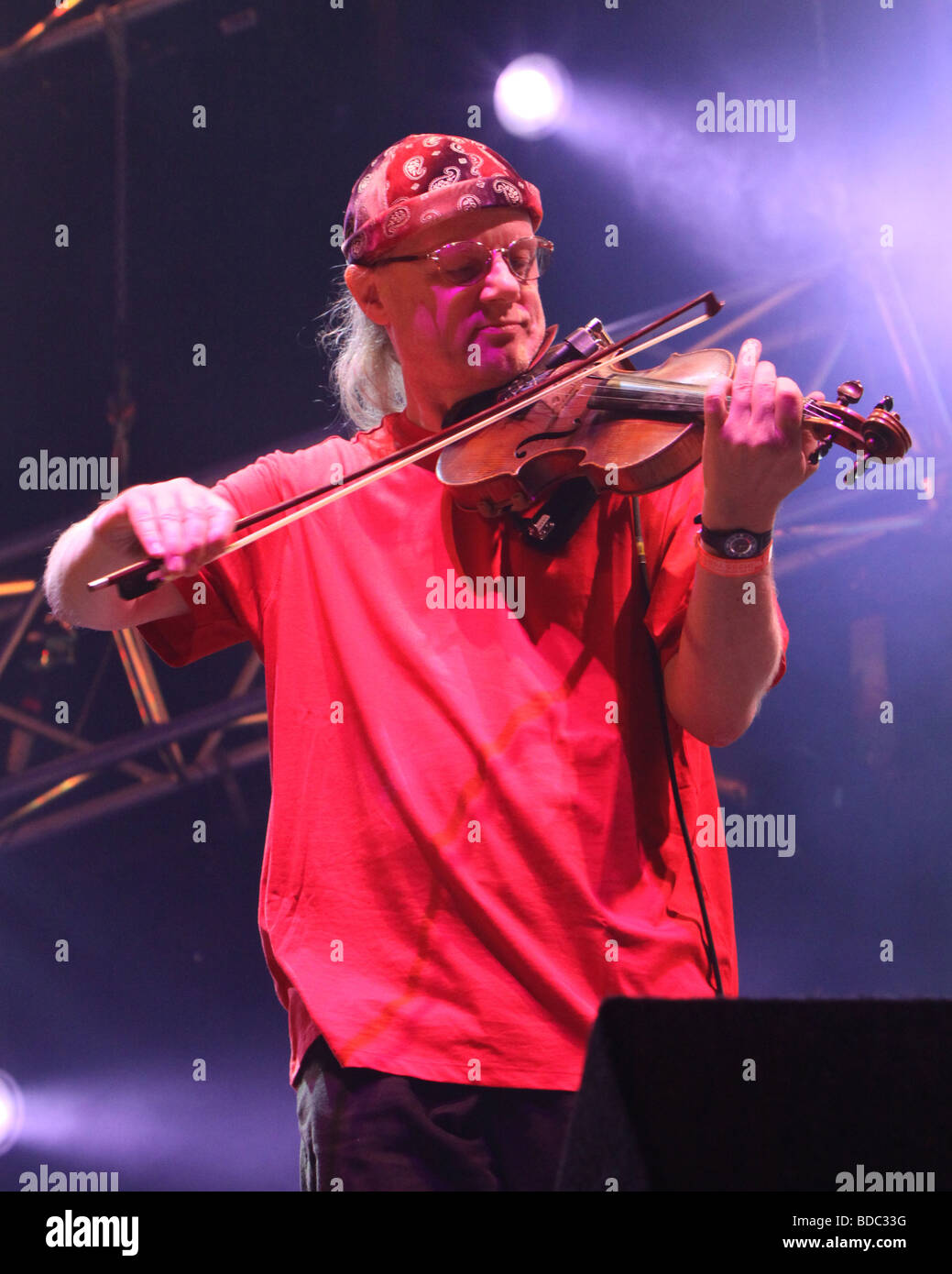 Ric Sanders at Fairport Conventions Cropredy Festival 15th August 2009 - Stock Image