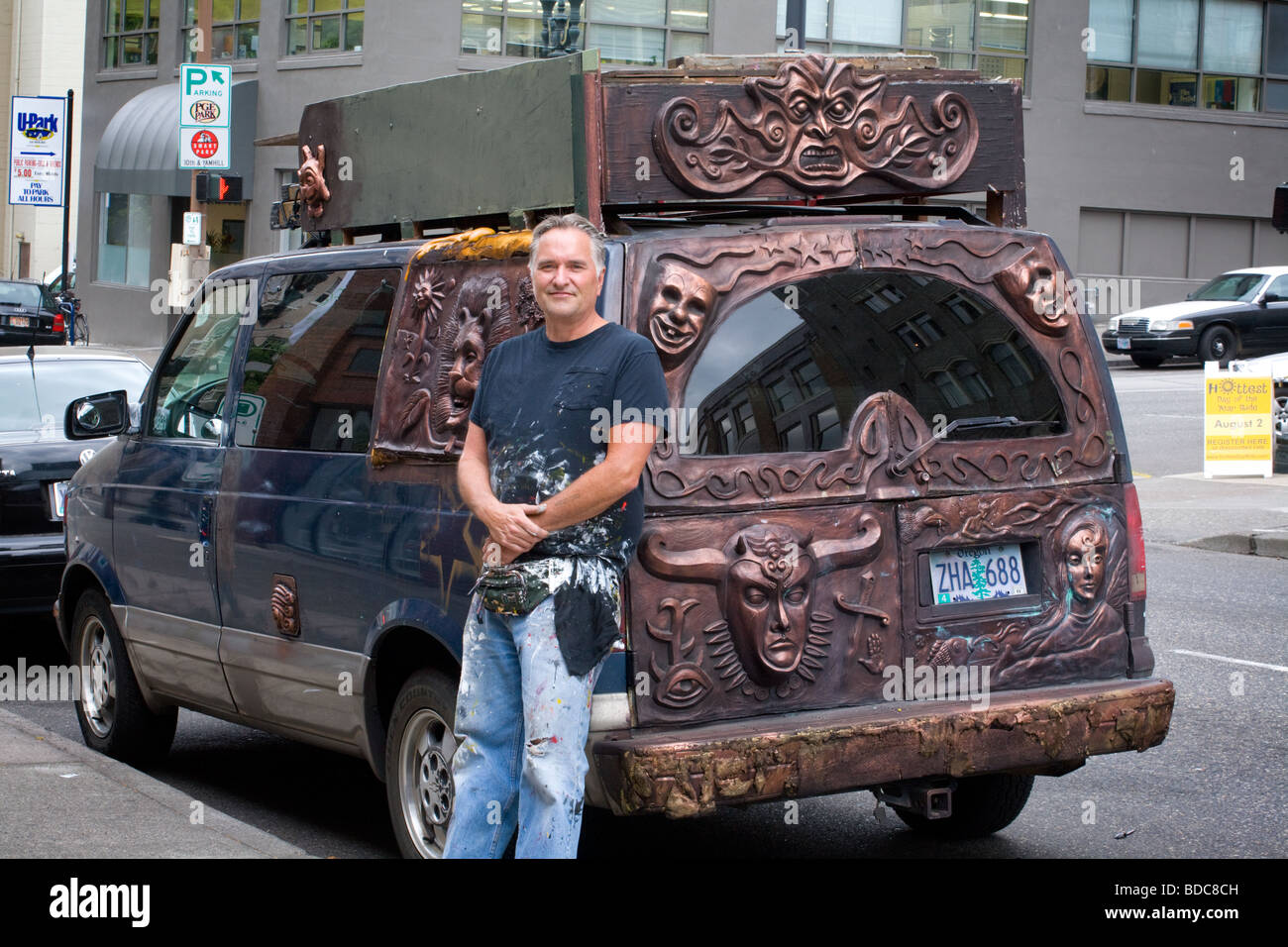 Art car and creator Portland Oregon - Stock Image