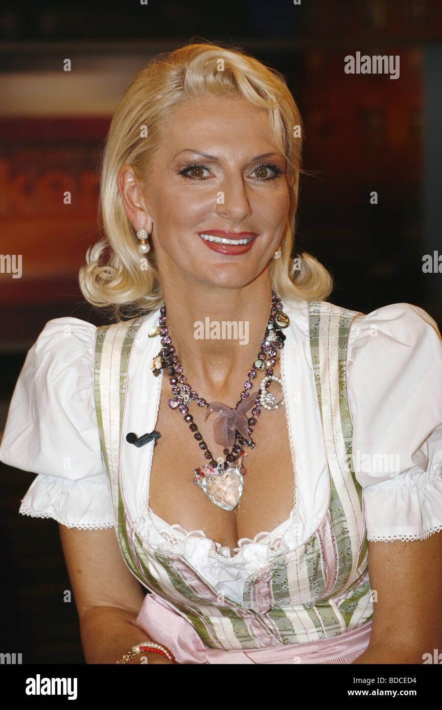 Nick, Desiree, * 30.9.1960, deut. Schauspielerin, Halbfigur, zu Gast in der Fernsehsendung 'Johannes B. Kerner', - Stock Image