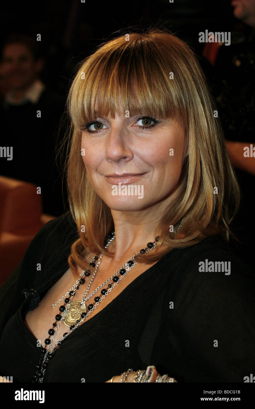 Fisher, Kim, * 17.4.1969, German presenter and singer, portrait, guest in tv show 'NDR Talk Show', Hamburg, - Stock Image