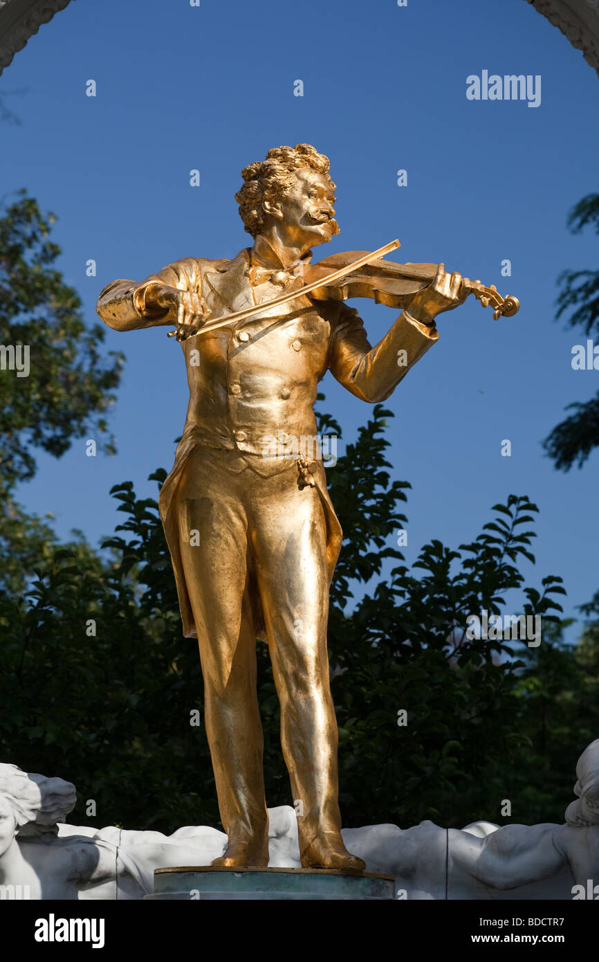 statue of Johann Strauss II, Stadtpark, Vienna, Austria Stock Photo