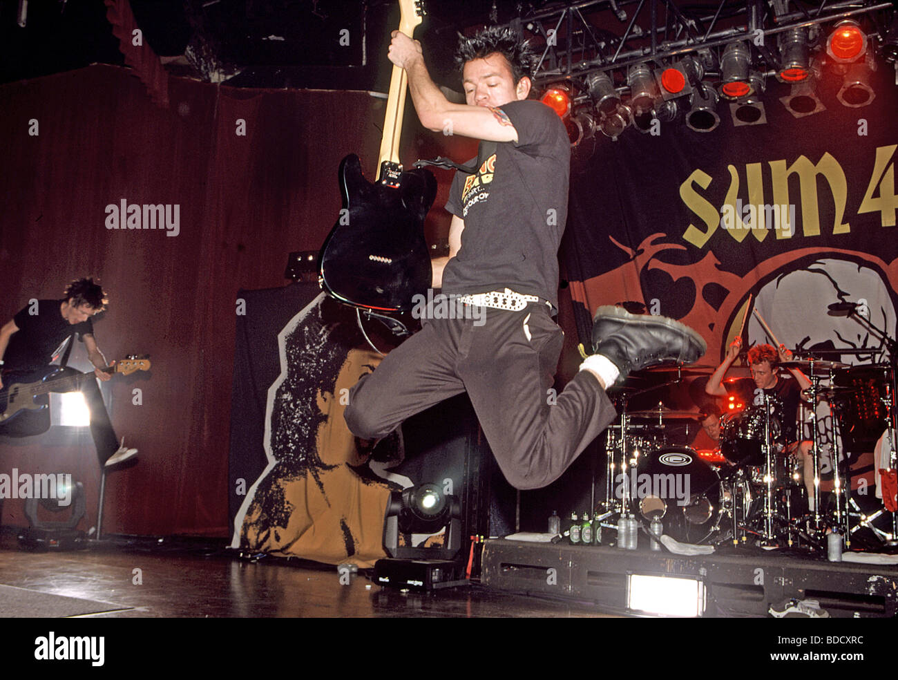 SUM 41 - Candian punk group in April 2003 with Deryck Whibley - Stock Image