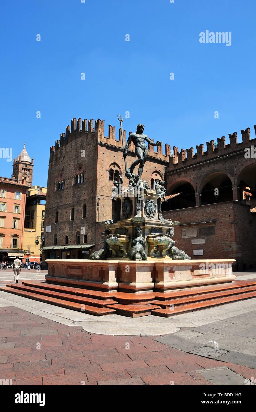 Statue of Neptune above the fountain in Piazza Nettuno / Piazza Maggiore, Bologna, Italy - Stock Image