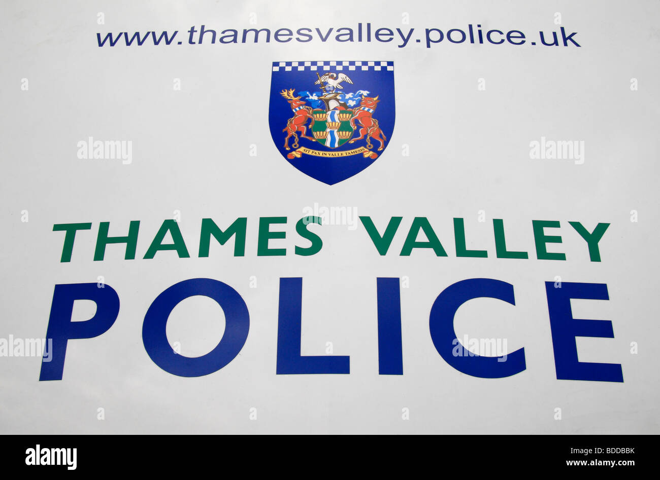 The insignia, web site, logo and badge of Thames Valley Police on the bonnet of a car in Datchet, Berkshire. - Stock Image