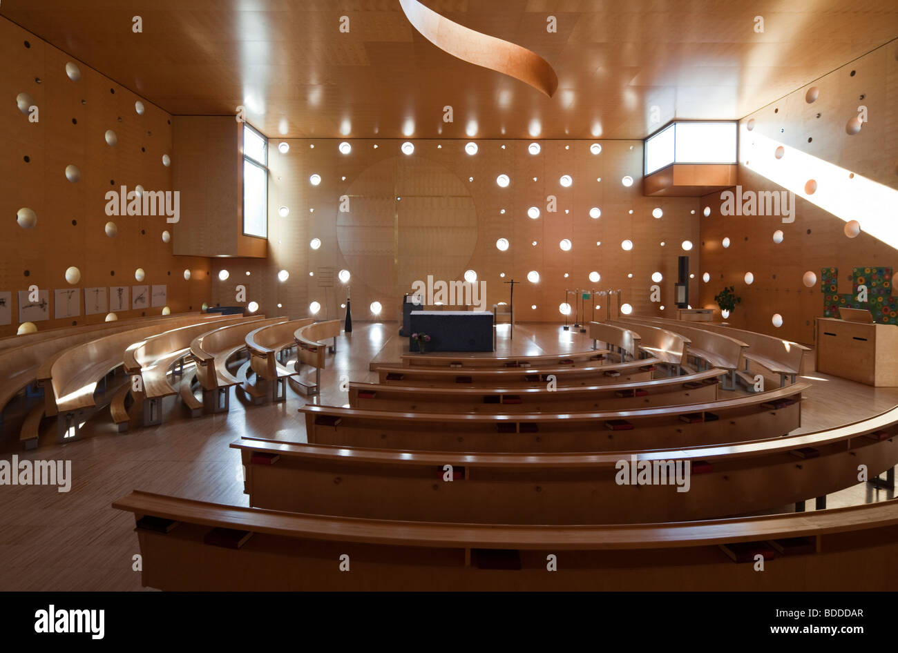 Donau City Church (Donaucitykirche, Christus, Hoffnung der Welt) (Christ, Hope of the World), Vienna, Austria - Stock Image