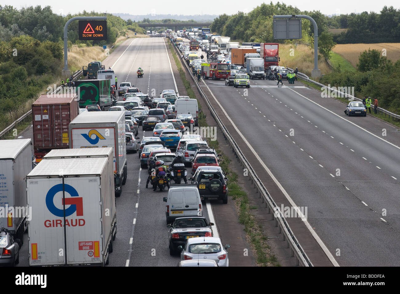 Road Traffic Accident On The M40 Stock Photo: 25498434 - Alamy