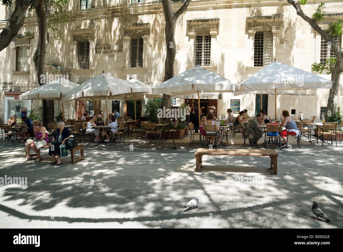 Street scene, Valletta, Malta - Stock Image