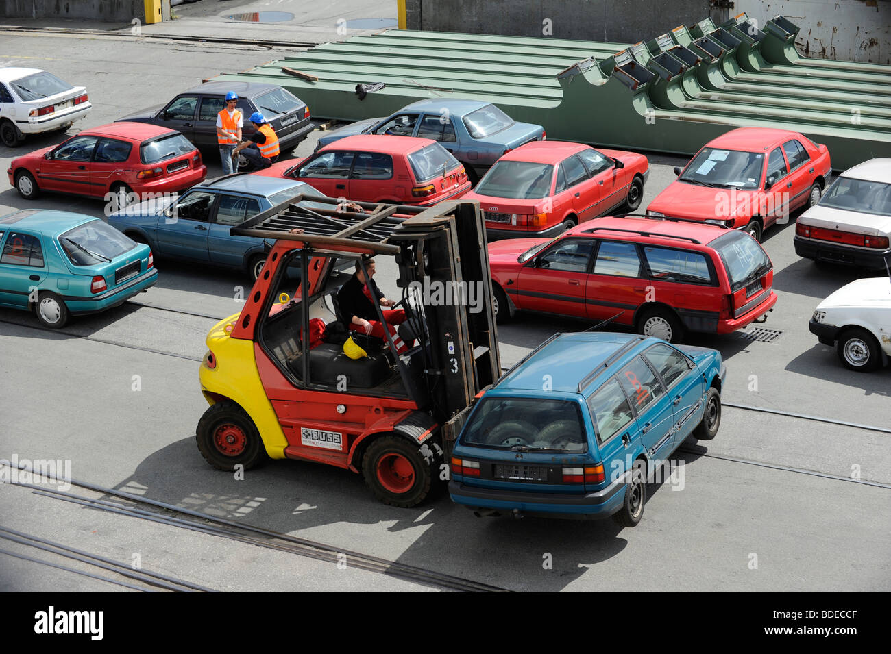Germany Hamburg , loading of used cars for export to africa Cotonou ...