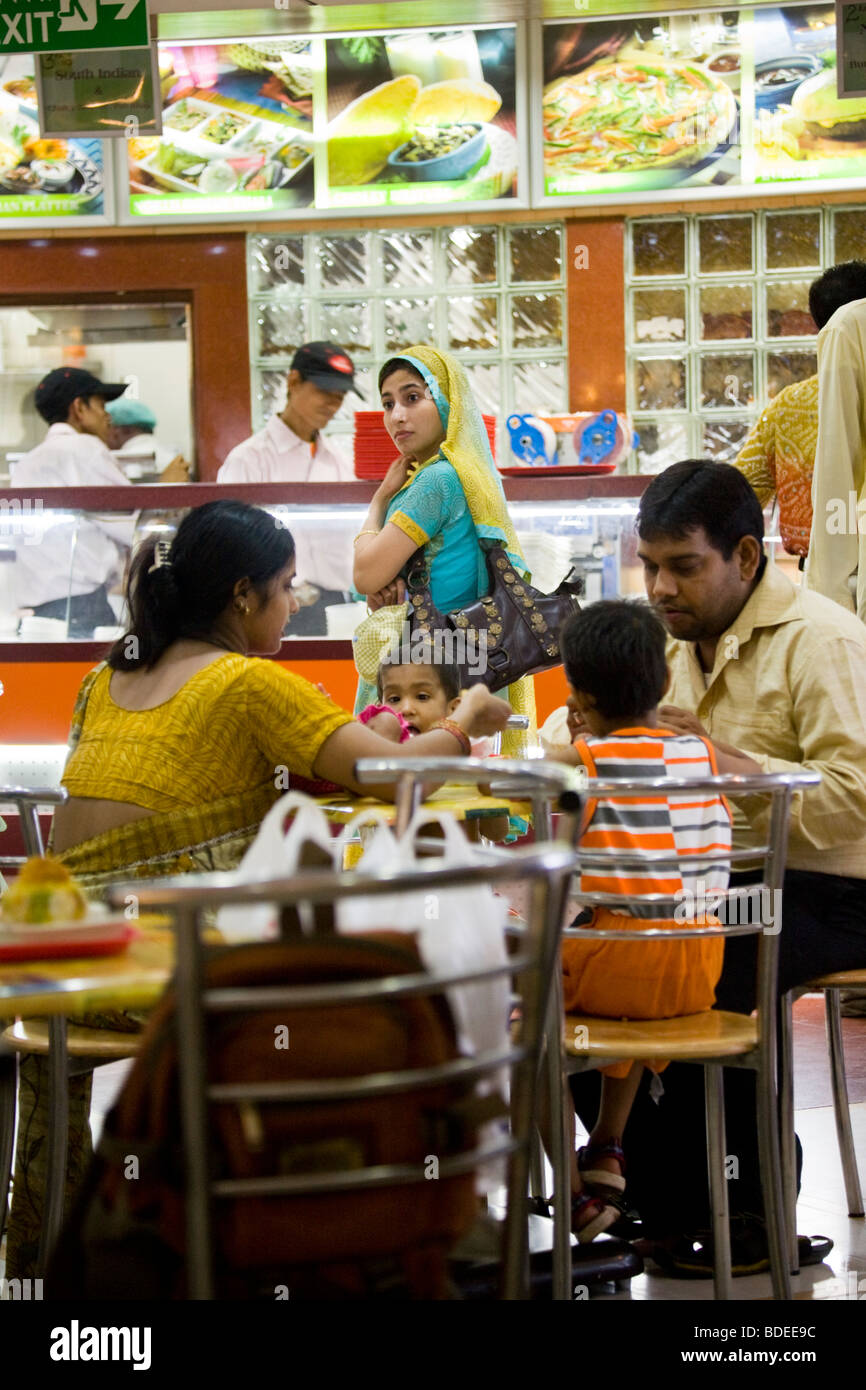 Fast Food Interior Service Counter Stock Photos & Fast Food Interior