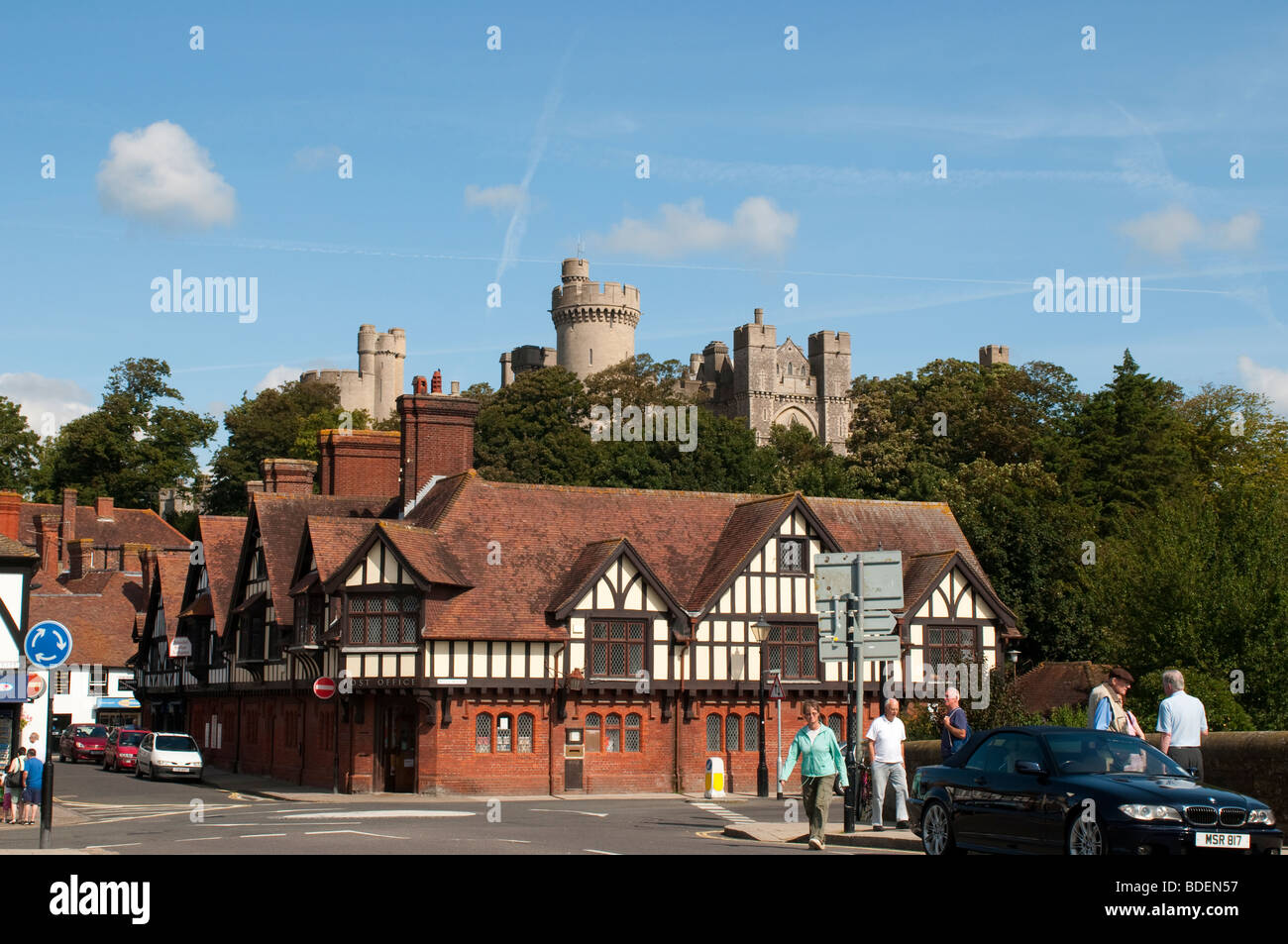 Tudor houses and Arundel Castle, Arundel, West Sussex, UK - Stock Image