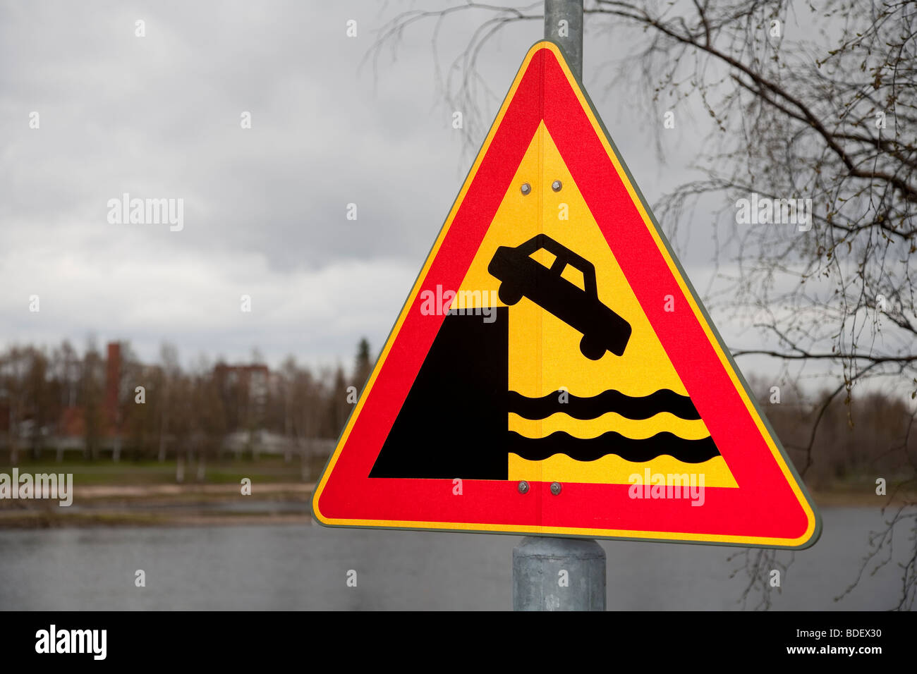 Finnish road sign no. 132. warning about dangerous fall to water, quay or riverbank - Stock Image