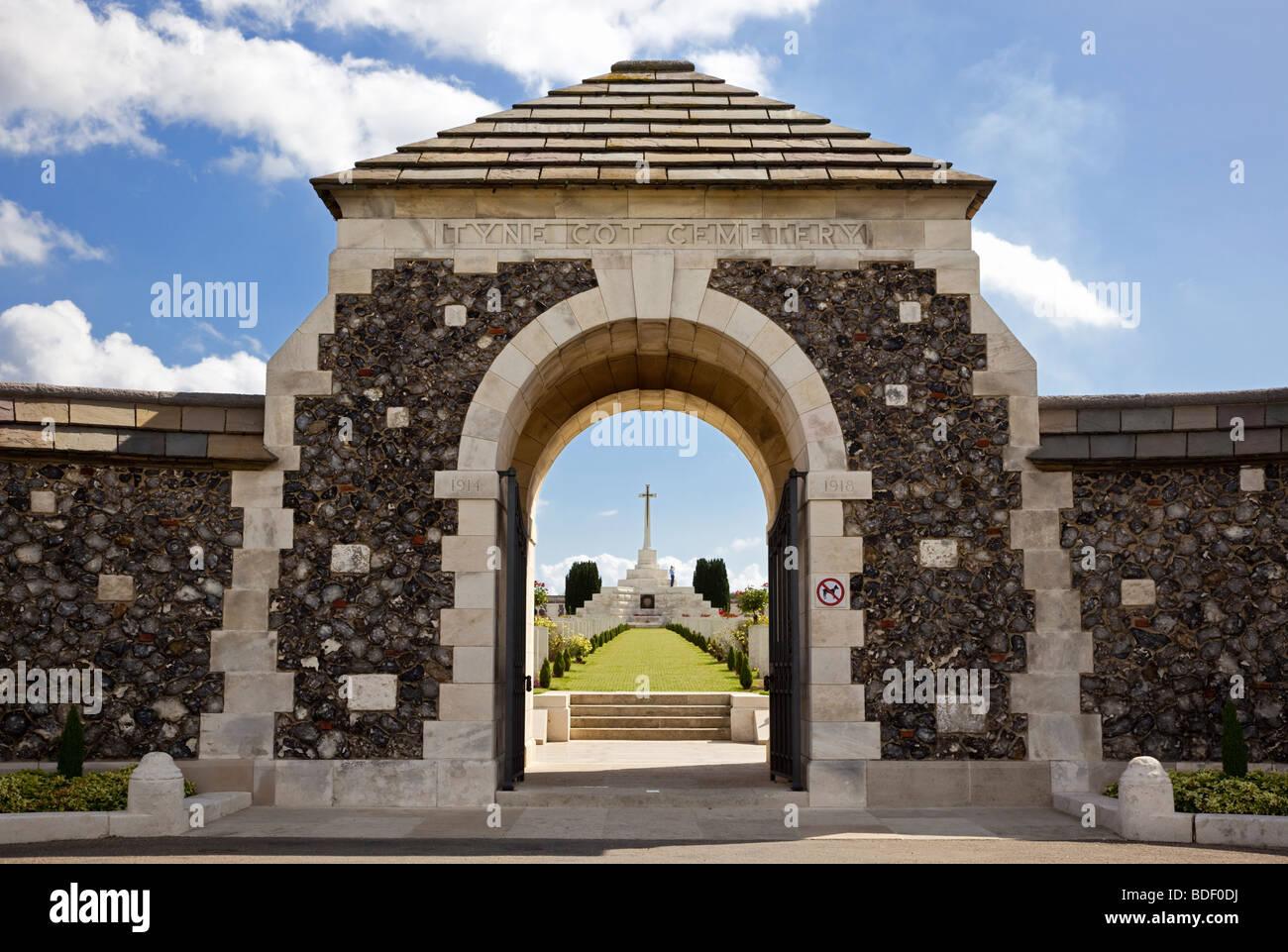 Tyne Cot WW1 World War 1 Commonwealth military cemetery at  Passchendaele, Flanders, Belgium, Europe - Stock Image