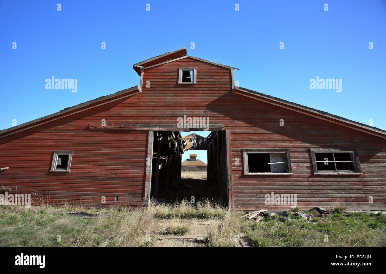 abandoned old rural stable farm building - Stock Image