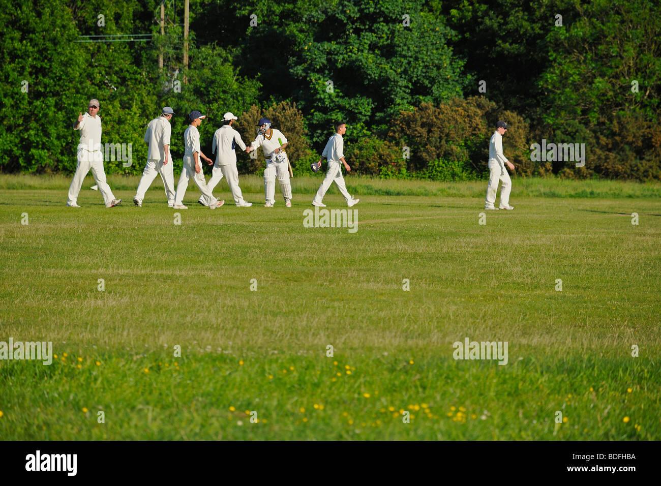 How many fielders in a cricket match