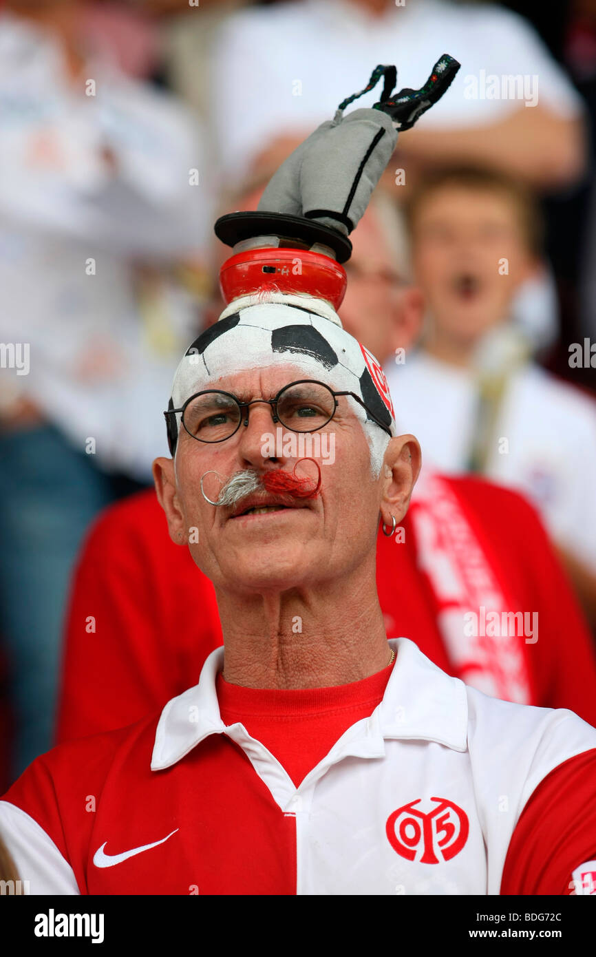 Fan Original Willi Dietrich, Fussball-Bundesliga Football League 3rd match day: FSV Mainz 05 - FC Bavaria Munich - Stock Image