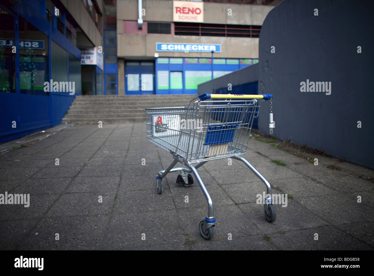 Left shopping trolley, Berlin, Germany - Stock Image