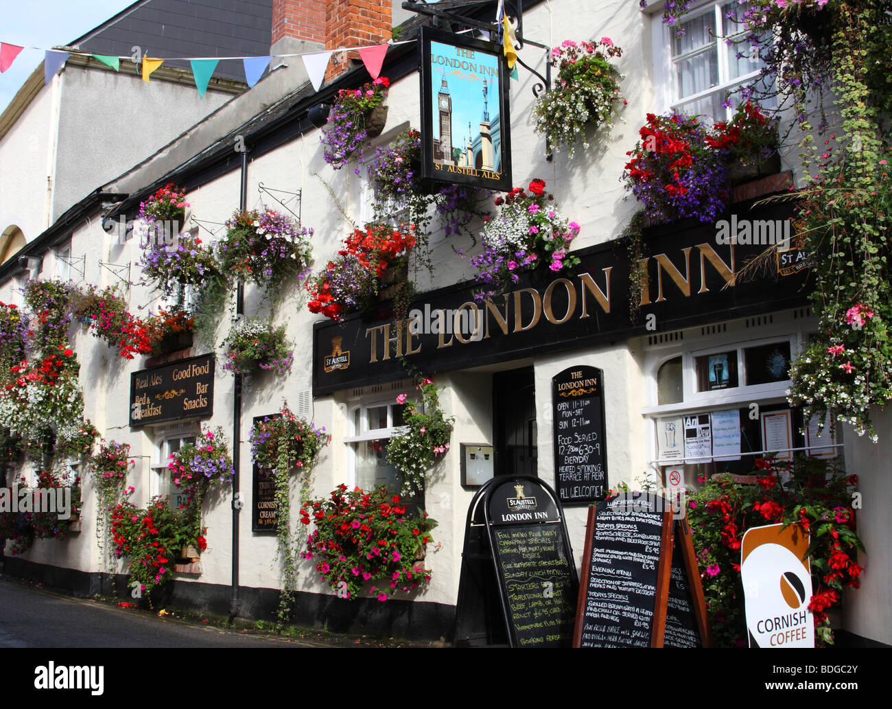 The London Inn, Padstow, North Cornwall, England, U.K. - Stock Image