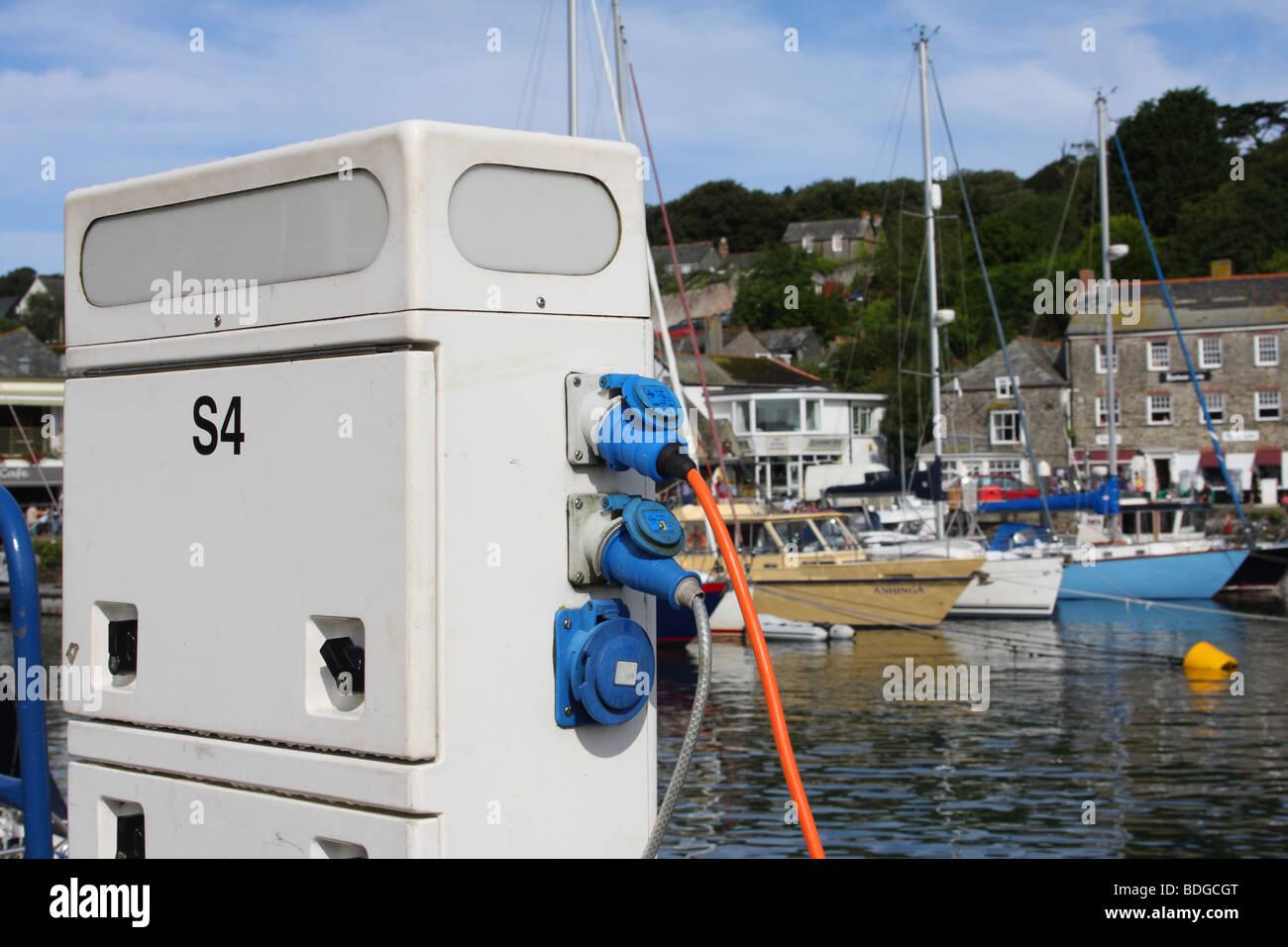 marina-hook-up-points