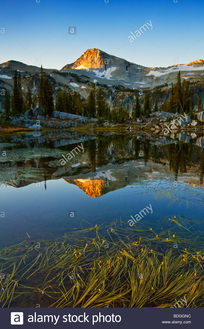 Eagle Cap mountain from Sunshine Lake, Eagle Cap Wilderness, Wallowa Mountains, northeastern Oregon. - Stock Image