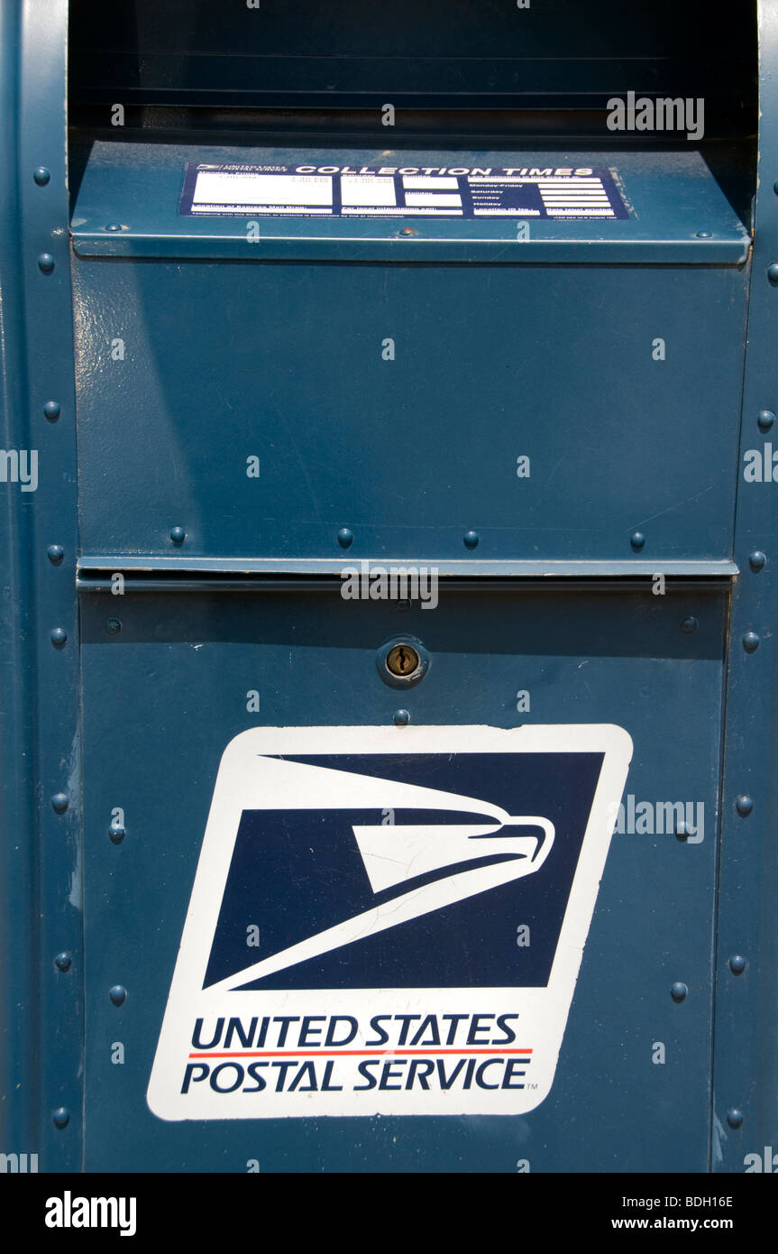 An iconic US Postal Service mailbox - Stock Image