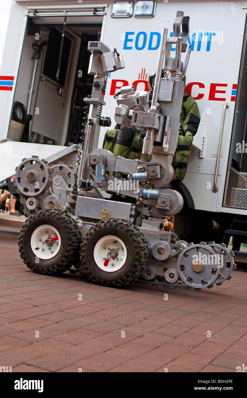 Robotic bomb detection machine - Stock Image