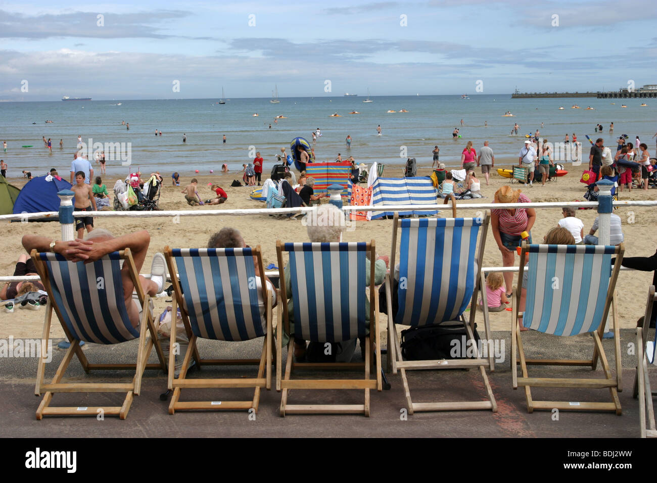 Deckchairs For Hire Stock Photos Amp Deckchairs For Hire