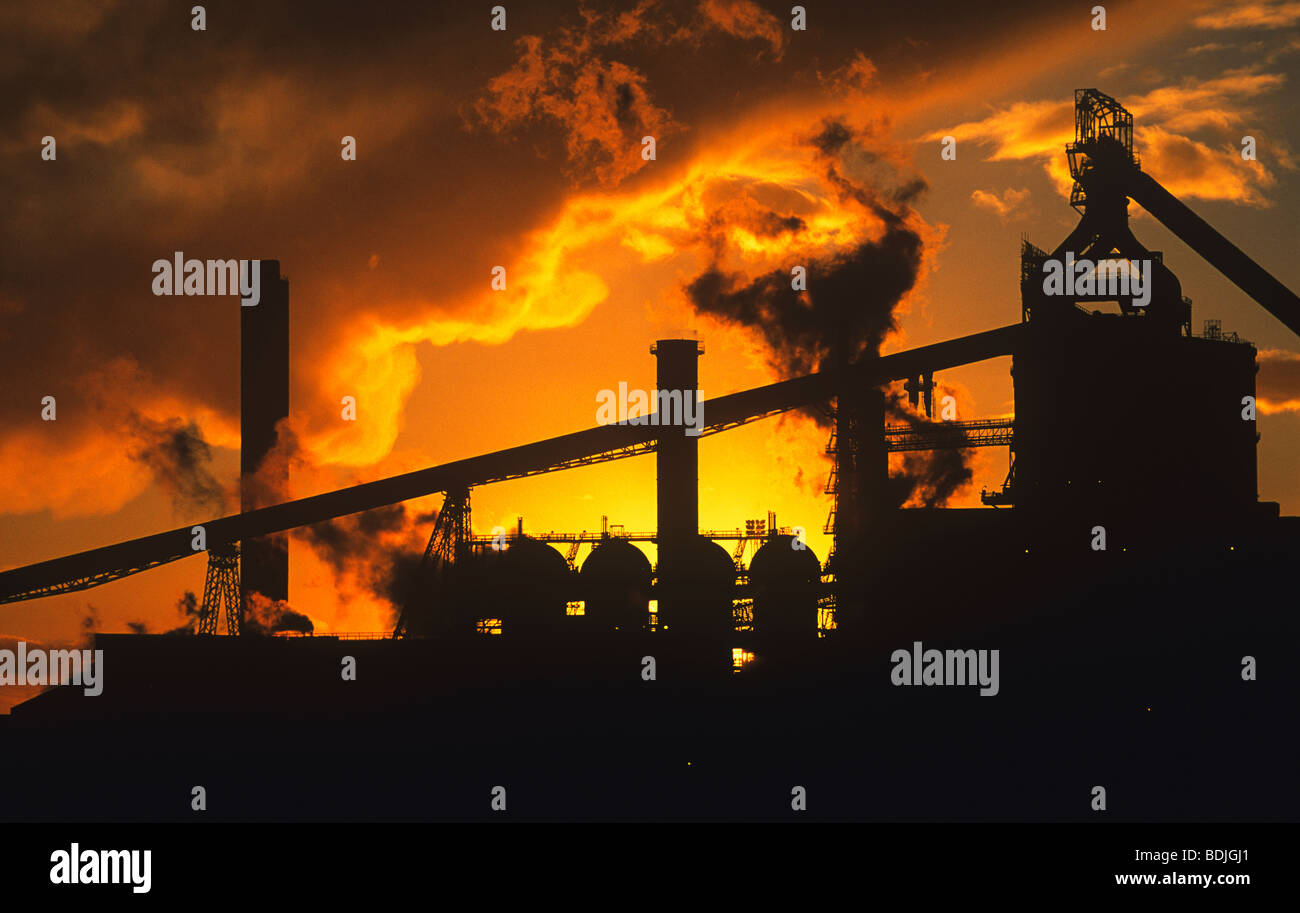 Sunset, Teesside Steelworks, River Tees, Redcar, North Yorkshire, England, UK, GB. - Stock Image