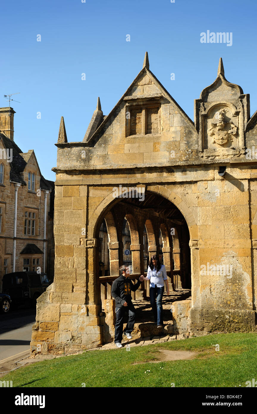 THE MARKET PLACE IN CHIPPING CAMPDEN GLOUCESTERSHIRE UK - Stock Image