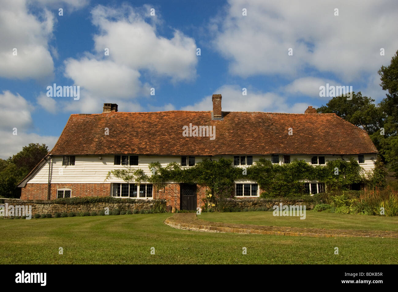 old sussex farmhouse - Stock Image