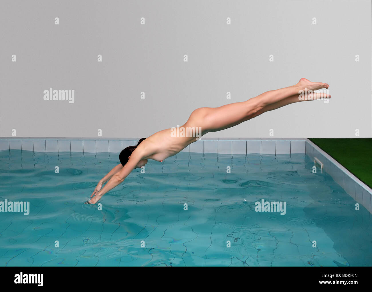 naked-jumping-woman