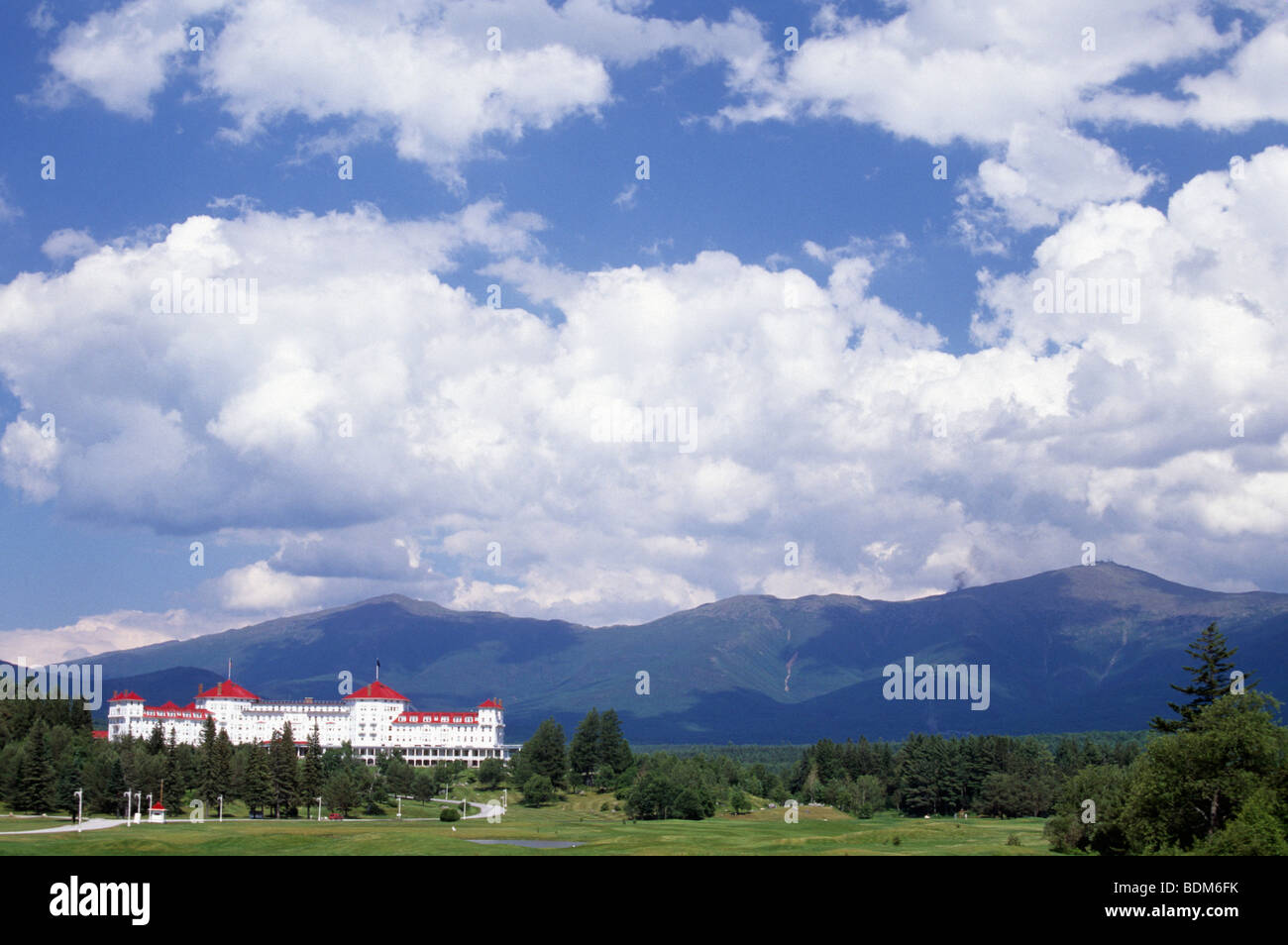 the omni mount washington hotel and resort in the white mountains