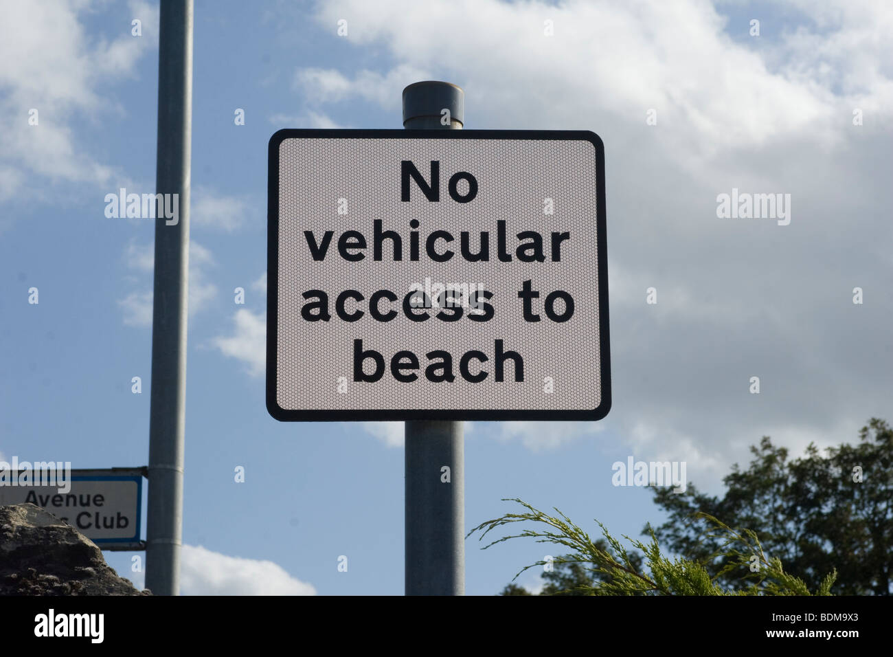No Vehicular access to the beach sign - Stock Image