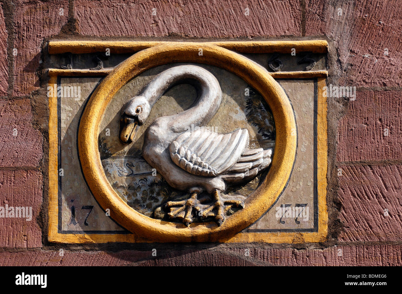 Old tavern sign 'To the White Swan' from 1777, Nuremberg, Middle Franconia, Bavaria, Germany, Europe - Stock Image
