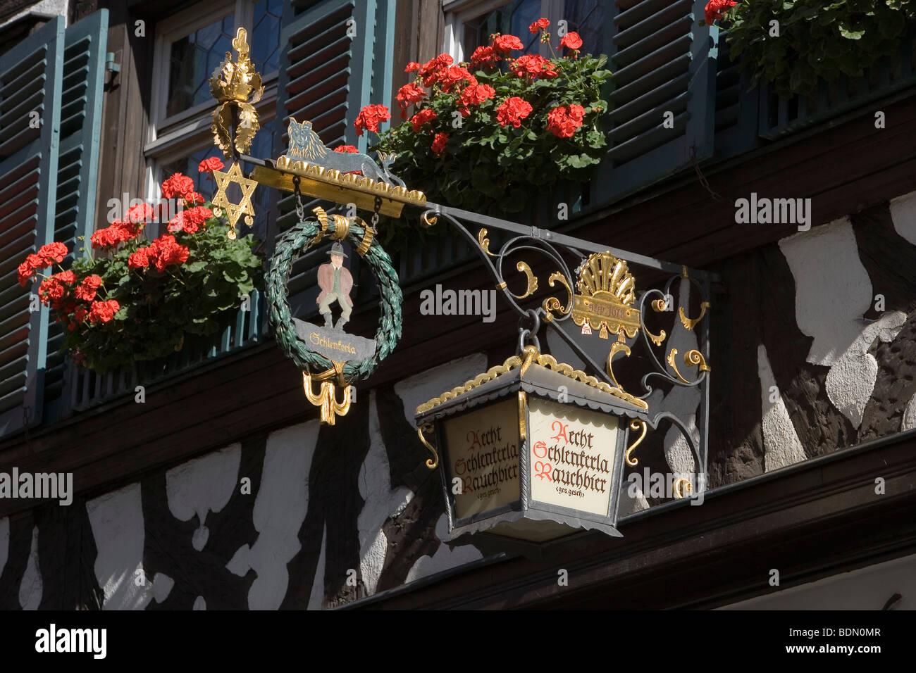 Bamberg Wirtshaus Schlenkerla Wirtshaus zum Schlenkerla Rauchbier Gotisches Gewölbe aus dem 14. Jh. und fränkische Stock Photo