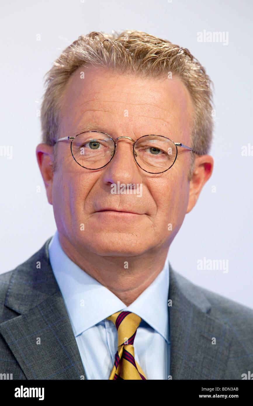 Engelbert Tjeenk Willink, director of marketing, Boehringer Ingelheim GmbH, during the annual press conference on - Stock Image