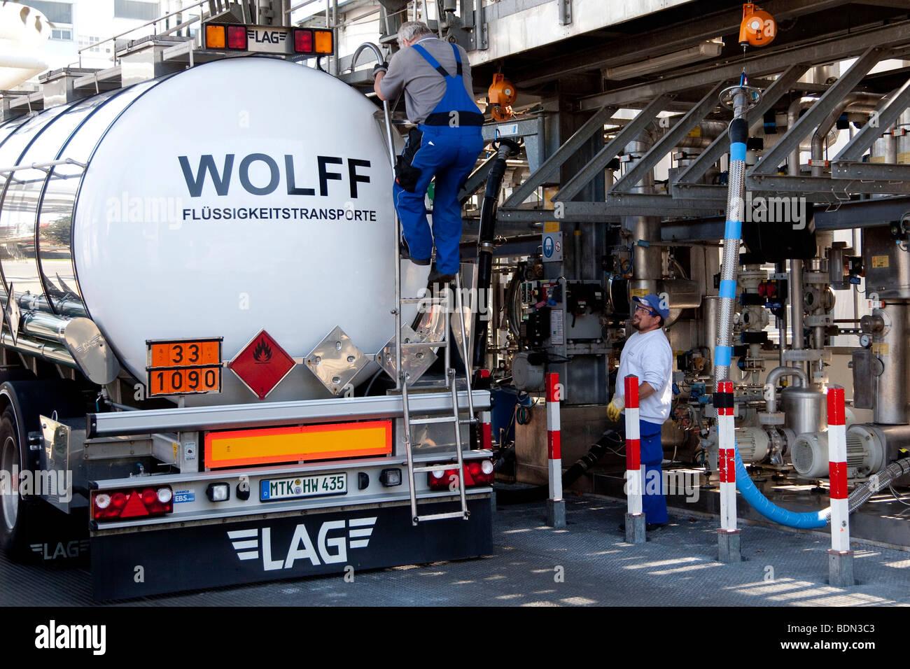 Tank truck at the fuel depot in the pharmaceutical company Boehringer Ingelheim GmbH, Ingelheim, Rhineland-Palatinate, - Stock Image