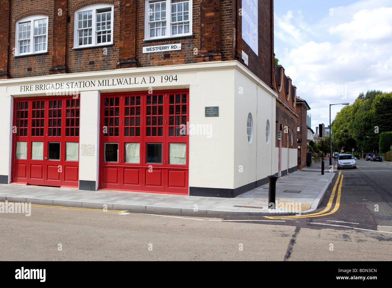 Old Millwall fire station on Westferry Road - Stock Image