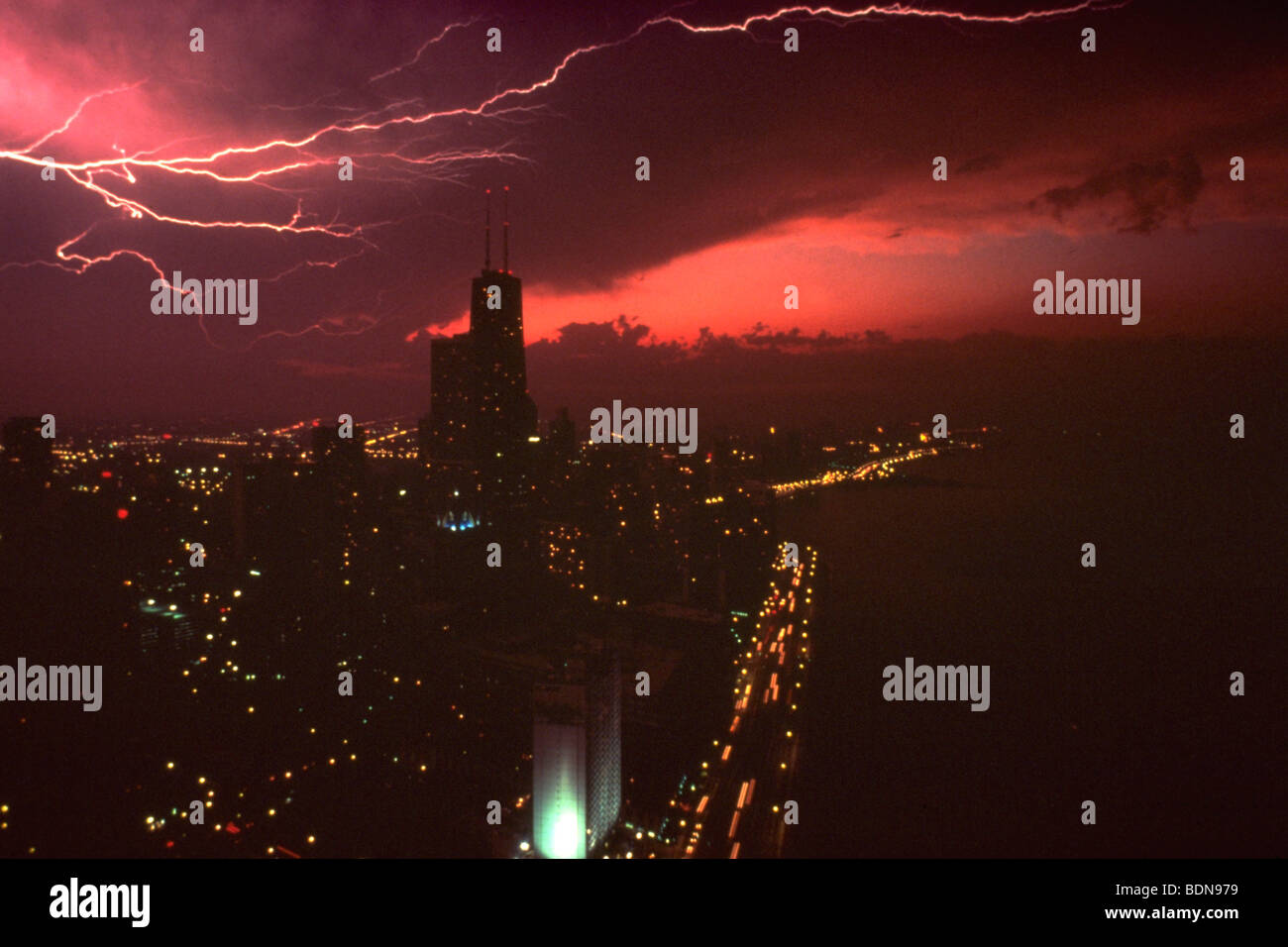 Lightning over shoreline drive, Chicago - Stock Image