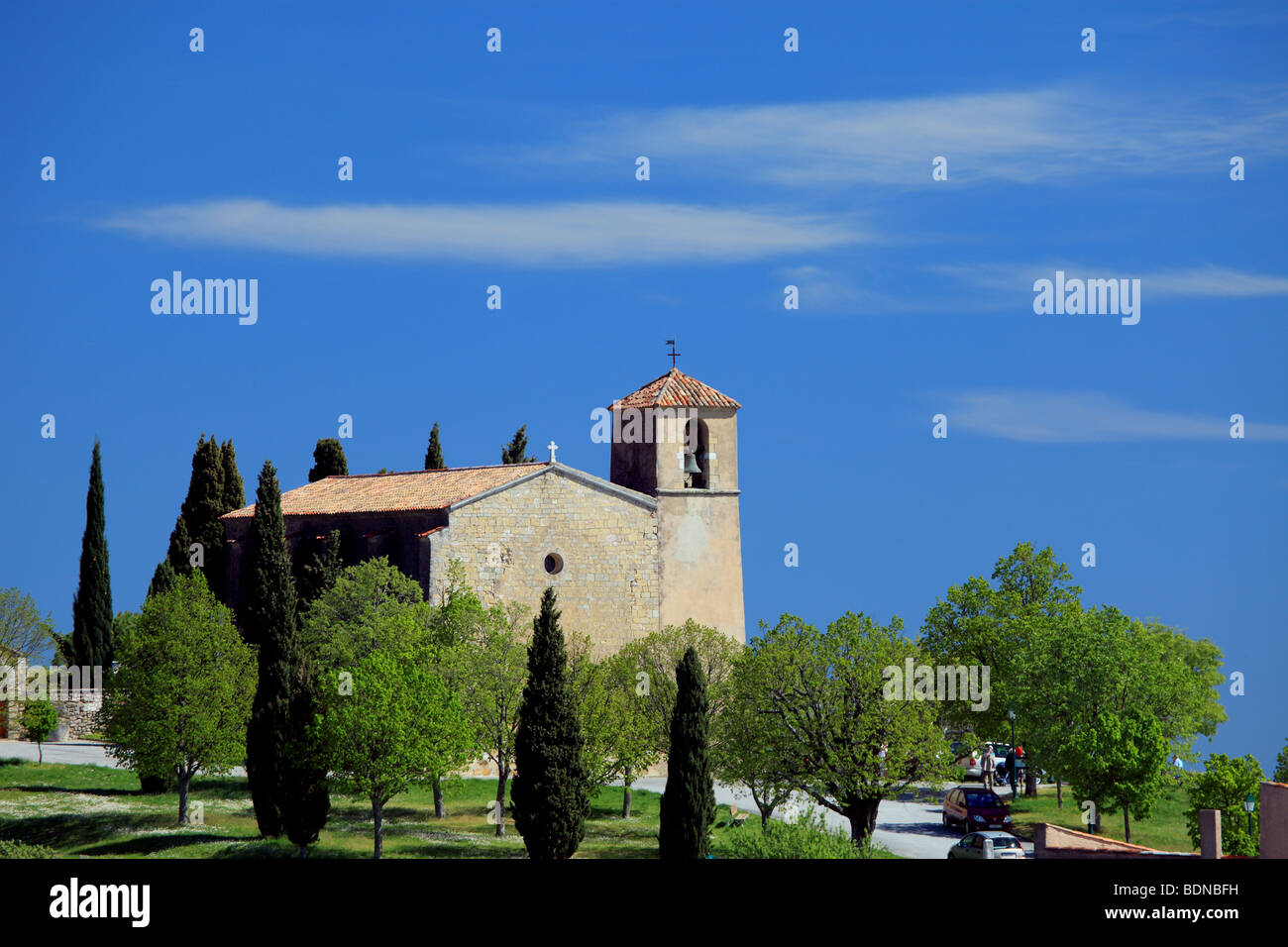 The picturesque provence village of Tourtour and the Saint Denis church - Stock Image