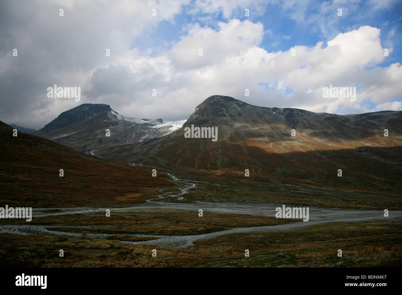 Galdhøpiggen Styggebreen Glacier viewed from Visdalen in the Jotunheimen National Park, Oppland, Norway, Scandinavia - Stock Image