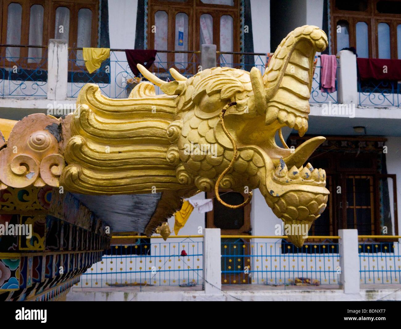 Ornamental dragon head on the entrance arch of the Zigar Drukpa Kargyud Institute. Rewalsar. Himachal Pradesh. India. - Stock Image