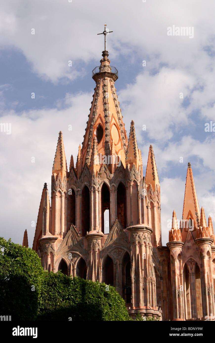 The Parish Church or Parroquia de San Miguel Arcangel in San Miguel de Allende, Guanajuato, Mexico Stock Photo