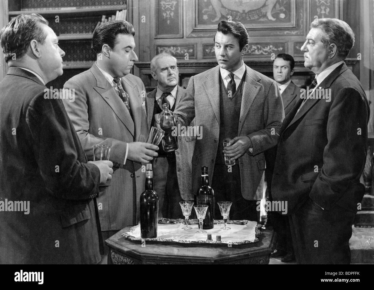 Maigret et l'affaire Saint Fiacre Year 1959 Director Jean Delannoy Paul  Frankeur, Jacques